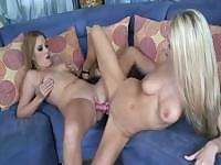 Kelly Skyline and Sammie Rhodes uses a dildo on their pussies