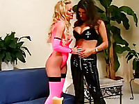 best color for lesbians it is pink, look at her latex shit!