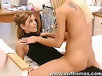 Lesbians kissing and eating pussy with passion