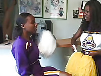 ebony cheerleader giving to taste her clam juicy from pussy to her boyfriend