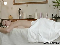 Teen Kani gets a massage