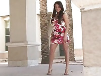 Stylish brunette flashing in public (na » FTV Girls)