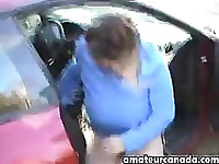Amateur massive big tits outdoor flashing by sports car!