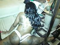 Black Stripper wit a Big Phat Azz Booty Twerkin! MUST SEE