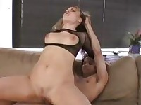 Pale blonde whore in high heels does deep throat