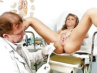 Mature Vladimira gets her pussy properly gyno exam