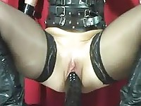 Extreme amateur fucking her gigantic monster dildo