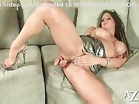 Rachel roxxx masturbating with dildo