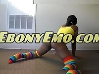 Ebony Emo Milf With Nice Booty