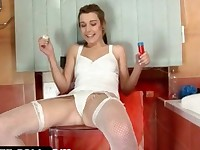 Teenage minx pissing in bottle and drinking her urine