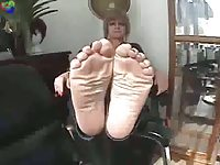 best wiggling toes adult videos