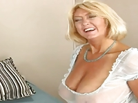 A Date with a SUPER HOT Mature Lady