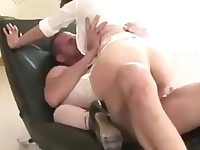 Cuckolds wife gets pussy fucked