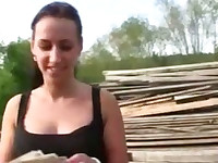 Real amateur Czech girl has hardcore fucking for some cash