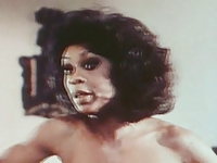 Lola Falana - Pop Goes the Weasel (1975)