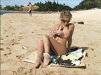 Carli Banks going nude on surfbeach