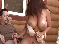 Large breasted beauty Goldie Blair hot handjob