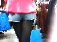 teen ass in hot pants and leggings